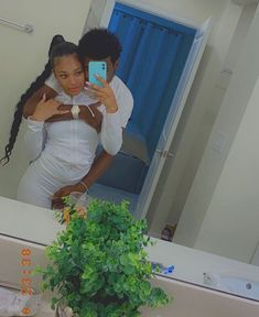 Freaky Relationship Goals Videos, Secret Relationship, Couple Goals Relationships, Relationship Goals Pictures, Couple Relationship, Cute Black Couples, Black Couples Goals, Cute Couples Goals, Cute Couple Outfits