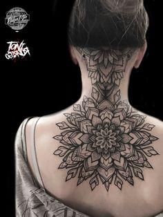 Tonirodrigotattoo Mandala Dotwork tattoo tatuaje
