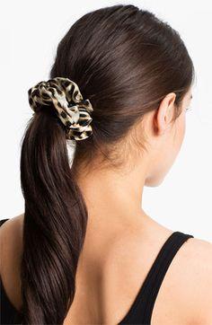 Women's L. Erickson 'Medium' Silk Scrunchie - Beige