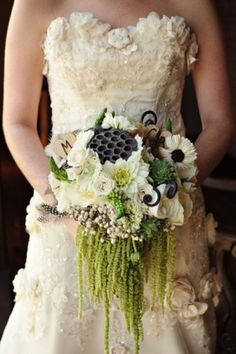 the bouquet minus lotus pods with more amaranthus,instead of roses use peonies