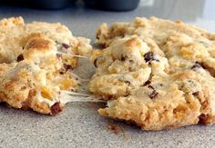Momofuku Cornflake Cookie - with some info on variables and how to avoid a big floppy mess!
