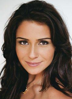 Giovanna Antonelli- my look alike <3