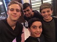 Eingebettetes Bild, Alec and Jace tren, and kids!!