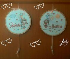 Manas juntas, pontinhos unidos. Ilustração @mano.tche #umpontinho #manas #sisters #handmade #bordado #embroidery #feitoamao #serragaucha #rs #caxiasdosul #familia #babygirl