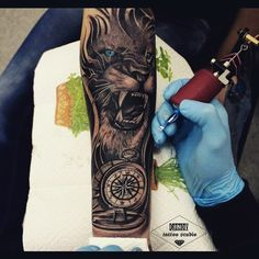 8WWwP7qdFJ0.jpg (604×604) Lion Forearm Tattoos, Lion Chest Tattoo, Mens Lion Tattoo, Lion Tattoo Sleeves, Le Tattoo, Tatoo, Tattoo Zone, Animal Tattoos, Tattoos Of Lions