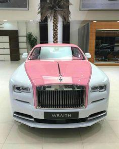 """7,769 aprecieri, 69 comentarii - Rolls-Royce Motor Cars ® (@rollsroyce_fan) pe Instagram: """"Pink Shade.. wraith. : @abudhabi_motors #rollsroyce_fan #rollsroyce #ghost #cadillacs_fan #brabus…"""" #RollsRoyceClassicCars"""