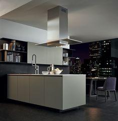 Cozinha lacada de madeira ALEA by Varenna by Poliform | design Paolo Piva