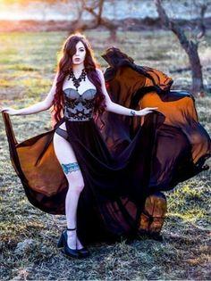 Steam Punk, Steam Girl, Hot Goth Girls, Gothic Girls, Goth Beauty, Dark Beauty, Goth Look, Jolie Lingerie, Goth Women