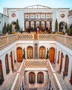 Persian Architecture, Beautiful Architecture, Art And Architecture, Ancient Architecture, Master Thesis, Pink Mosque, Iran Tourism, Visit Iran, Persian Garden