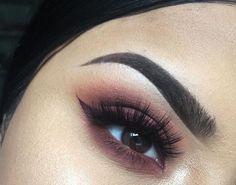 Makeup, maroon , rust . So pretty