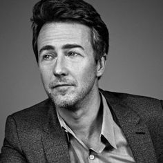 """Actor Edward Norton talks about playing Mike Shiner in this year's film """"Birdman. American History X, American Actors, The Best Films, Great Movies, John Beck, Steve Carell, Hollywood, Star Wars, Good Looking Men"""