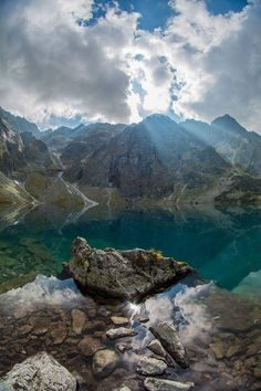 Magicznie nad Morskim Okiem.  fot: Krzysiek Płaneta Beautiful World, Beautiful Places, Polish Mountains, Tatra Mountains, Hiking Routes, Outdoor Pictures, Nature Pictures, National Parks, Scenery