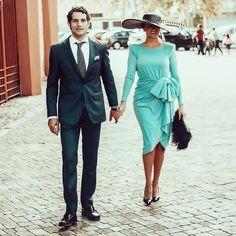Esa pamela me suena... Preciosa esta invitada con vestido @colournudeofficial. . . #invitada #invitadas #invitadaboda #invitadasboda #invitadaconestilo #invitadasconestilo #lookinvitada #lookboda #boda #bodas #wedding #weddingguest #guest #style #fashion #moda #invitadaperfecta #invitadasperfectas #tocado #tocados