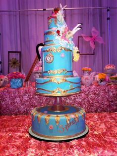 Alice in Wonderland themed cake by Cake Opera Co.