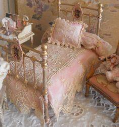 mini~ lace bedding