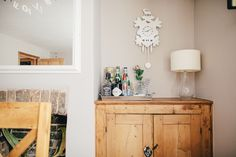 ROCK MY STYLE | Choosing grey paint | Greige paint | Farrow & Ball Elephant's Breath | Bar Tray