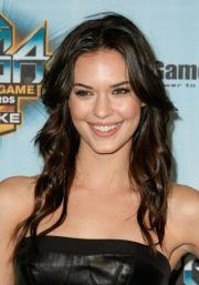 Odette Annable: she brightened up the last season of #House! I'll miss this great Tv series!    #house  #TV