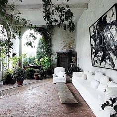 #interieur#interieurs#interior#interiors#instagood#instahome#inspiratie#inspiration#interieurdesign#interieurstyling#interiordesign#home#house#woon#wonen#decor#homedecor#living#style#design#loveit#boho#bohemian#livingroom#woonkamer#plant#palm#window#vintagedecor