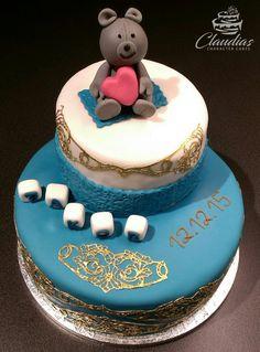 #eventcakes #geburtstagstorte #birthdaycake #hochzeitstorte #weddingcake #torte #motivtorten #tortendesign #fondanttorte #tortendekoration #tortenkunst #fondantcakes #charactercakes #cakeart #cakedesigner #sugarart #fondant #sugarpaste #baer #bear Birthday Cake, Desserts, Food, Weddings, Fondant Cakes, Birthday Cake Toppers, Wedding Pie Table, Ideas, Tailgate Desserts