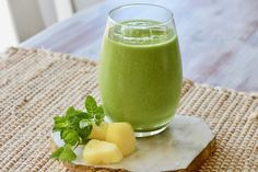 Maryska Taylor ND Pineapple Mint, Frozen Pineapple, Healthy Fats, Healthy Recipes, Post Workout Food, Green Smoothie Recipes, Plant Based Protein, Breakfast Smoothies, Fresh Mint