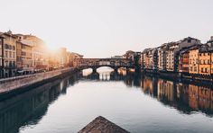Best Places To Travel Alone in Europe - Florence in Italy Ways To Travel, Best Places To Travel, Best Cities, Great Places, Hidden Places, Florence Hotels, Florence Italy, Florence Food, Eurotrip