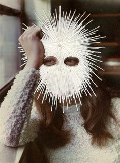 Jessica Wohl, White Mask, 2012 @ Jessica Wohl