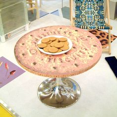 Biscuit Table – visibleobject