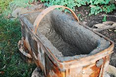 What in the world is hypertufa? That is the question usually asked when I mention making hypertufa planters. Hypertufa is a man made substi. Outdoor Garden Decor, Outdoor Gardens, Tin Can Art, Concrete Crafts, Garden Projects, Homemaking, Cement, Container Gardening, Showroom
