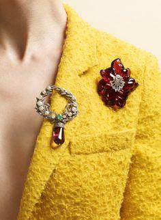 Fashion Times: Без лишних слов. Учимся носить броши