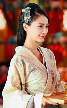 Yun Zhong Ge《云中歌》