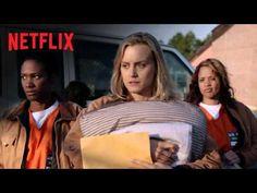 From 'Weeds' creator Jenji Kohan, Orange is the New Black is a Netflix original series based on Piper Kerman's memoir about her year in a women's prison. Films Netflix, Netflix Us, Netflix Movies To Watch, Netflix Series, Comedy Series, Best Shows On Netflix, Free Tv Shows, Penn Badgley, Aaron Paul