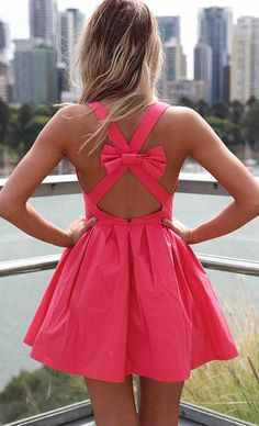 Bow back dress that's darling for spring or summer
