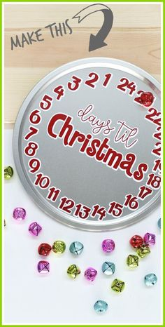 Vinyl Christmas countdown (with letter outline shadow) - - how to make your own, with FREE cut file!! - - Sugar Bee Crafts