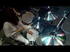 A beautiful woman playing percussion .....soooooooooooo dreamy! <3 her!