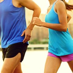 Start sweating with your sweetie with these 7 couple-friendly workouts!