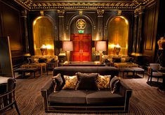Located on the River Thames, the Savoy is the only luxury hotel in London that is perfectly situated in the heart of all British capital. Luxury Bar, Luxury Travel, Nightclub Design, Vintage Hotels, Cigar Room, Savoy Hotel, Vintage Bar, London Hotels, Art Deco Design