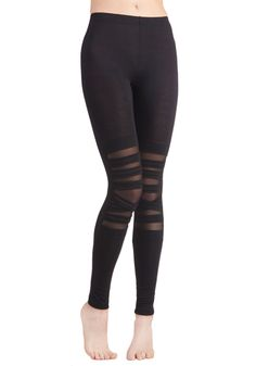 Band-to-Band Leggings. Youve got a big night ahead! #black #modcloth
