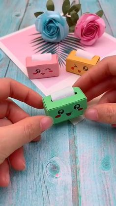 Diy Crafts Hacks, Diy Crafts For Gifts, Easy Diy Crafts, Fun Crafts, Summer Crafts, Paper Crafts Origami, Paper Crafts For Kids, Instruções Origami, Origami Videos
