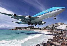 Instagram: aviation4u http://ift.tt/1T576vF