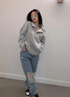Fashion Mode, Tomboy Fashion, Teen Fashion Outfits, Retro Outfits, Streetwear Fashion, Girl Streetwear, Sweat Streetwear, Swaggy Outfits, Baddie Outfits Casual