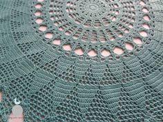 Lady with crochet: Turkusowa serwetka w trójkąciki