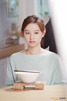 [김지원]과 함께라면♬ : 네이버 포스트 Korean Actresses, Korean Actors, Actors & Actresses, Park Seo Jun, Kim Ji Won, Hallyu Star, Stunningly Beautiful, Beautiful Women, Seo Joon