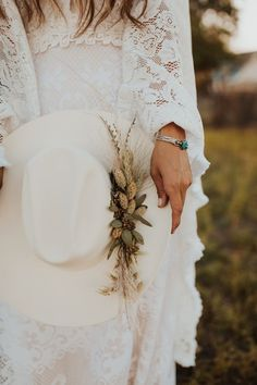 Western Boho Bridal Shoot For the West and Wild Photography Western bride Turquoise Wedding Jewelry, Bridal Jewelry, Wedding Jewelry For Bride, Pearl Jewelry, Jewelry Necklaces, Wild Photography, Bridal Photography, Jewelry Photography, Wedding Hats