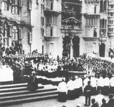 Funeral de Gaudí (12 de junio de 1926).