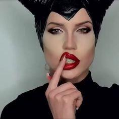 Maleficent Makeup, Disney Maleficent, Maleficient Costume, Maleficent Halloween Costume, Disney Villain Costumes, Maleficent Cosplay, Disney Makeup, Diy Maleficent Horns, Disney Villains Makeup
