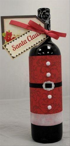 Pq não?!  Que tal vc apreciar um belo vinho ou champanhe com o tema natalino fazendo parte da sua ceia Natal