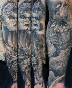 Sleeve I have finished last year!! All healed !! Hybrid attack#hybrid#tattoo#sleeve#ink#inkup#inkfreakz#tattoolifemagazine#bnginksociety#reinkarnation#tattooart#dark#barock