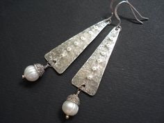 Unique Handmade Silver Pearl Earrings-Hammered by AnnaRecycle