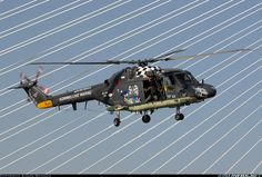 Last demonstration ever of a Dutch Lynx before retirement this week. Worldharbourdays - Photo taken at Rotterdam harbour [OFF AIRPORT] in Netherlands on September Aircraft Pictures, Lynx, Helicopters, Rotterdam, Netherlands, Fighter Jets, Aviation, Universe, Navy