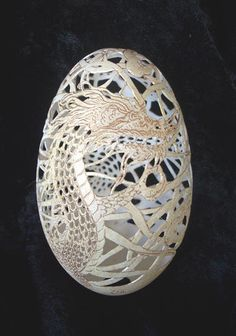 Dragon Egg carving - Christel Assante